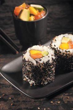 Maki Hawaï with salmon and mango.