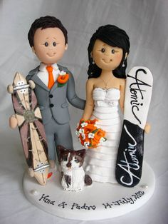 I love the style of these cake toppers! | Personalised bride and groom wedding cake topper-Taking orders for July 20, 2013 onwards Only- Fully booked through up till mid July 2013. $150.00, via Etsy.