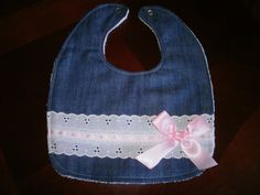 This beautiful bib is made with special touches for a unique handcrafted look. I… This beautiful bib is made with special touches for a unique handcrafted look. Sewing Kids Clothes, Sewing For Kids, Baby Sewing Projects, Sewing Crafts, Baby Gifts To Make, Baby Bibs Patterns, Bib Pattern, Soft Towels, Toddler Gifts