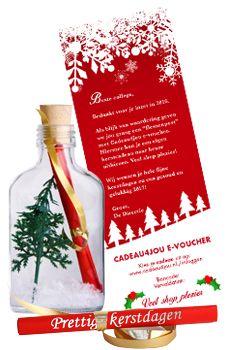 Een originele glazen Flessenpost met kerst look met de Cadeau4jou . In de fles jouw persoonlijke kerstgroet en de giftcard als voucher mee geprint. Maatwerk mogelijk... #kerst #zakelijk #kerstpakket #flessenpost #cadeau4jou #kerstcadeau #kerstcadeaus #maken #zelf #origineel #bedrijf #personeel #medewerkers #2016