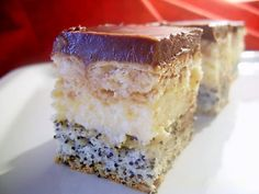 Cake with vanilla cream Romanian Food, Romanian Recipes, Vanilla Cream, Food Cakes, Tiramisu, Biscuit, Cake Recipes, Caramel, Cheesecake