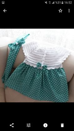 Let Crochet Knit Dress on Fabric! Scrap Yarn Crochet, Crochet Diy, Crochet Hats, Knitting Baby Girl, Knitting For Kids, Toddler Dress, Baby Dress, Knitting Patterns, Crochet Patterns