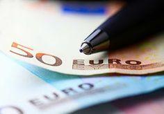 ΚΟΝΤΑ ΣΑΣ: Κοινωνικό Εισόδημα Αλληλεγγύης: Τα δεδομένα για τη... Day Trading, Office Supplies, Blog, Watch, News, Clock, Bracelet Watch, Blogging