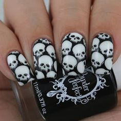 10 Creative Nail Designs for Short Nails to Create Unique Styles Best Acrylic Nails, Acrylic Nail Designs, Nail Art Designs, Skull Nail Art, Skull Nails, Halloween Nail Designs, Halloween Nail Art, Halloween Skull, Creative Nail Designs