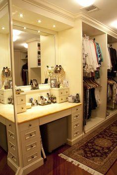 Small walk in closet ideas and organizer design to inspire you. diy walk in closet ideas, walk in closet dimensions, closet organization ideas. Closet Vanity, Vanity Room, Bathroom Closet, Closet Mirror, Vanity Decor, Mirror Bathroom, Bathroom Ideas, Wardrobe Closet, Diy Mirror