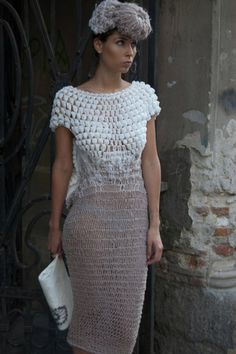 Vika Gorenco Crochet  http://outstandingcrochet.blogspot.com/2012/04/crochet-dress_28.html.  Wonderful