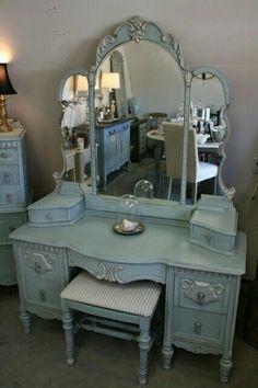 Nice Vintage Vanity Tables Diy Table Dressers Antique Gothic