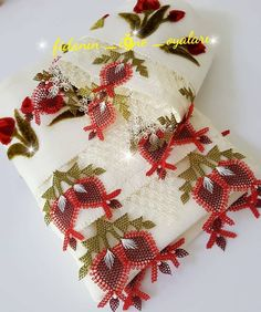 Christmas Stockings, Christmas Wreaths, Needle Lace, Crochet Trim, Baby Knitting Patterns, Needlework, Diy And Crafts, Couture, Dream Wedding