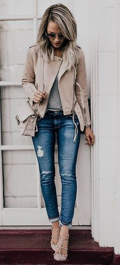17 grey-nude leather jacket with distressed jeans, grey studded heels and a grey shirt - Styleoholic