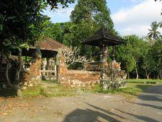 The-Neighbourhood-Pesalakan-Temples