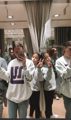 Selfie, Sports, Instagram, Tops, Fashion, Hs Sports, Moda, Fashion Styles, Sport
