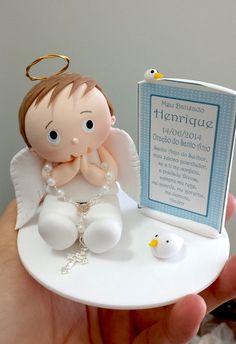 Topo de bolo de Batizado de Anjinho com oração do Santo Anjo.