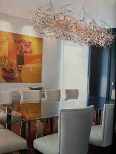 """Uma das nossas sugestões de candeeiro de tecto para design de interiores, made in Portugal, em destaque na revista """"Caras Decoração"""" de Dezembro."""