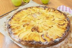 Apple Pie, Camembert Cheese, Desserts, Cakes, Shape, Pound Cake, Sweets, Deserts, Recipes