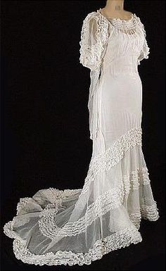 1930s Tiered Net and Lace Wedding Gown