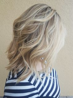 From black to blond. Evy's hairstyles in Torrance. Jw Fashion, Blondies, Hairstyles, Popular, Long Hair Styles, Beauty, Black, Haircuts, Hairdos