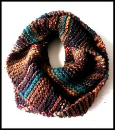 Lana Grossa | Olympia: 53% Wool 47% Acryl colour #034. Wooden needle size 10. Scarf by Daisy van Groningen.