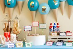 Chill out with this mouthwatering ice cream sundae bar, perfect for a kids' birthday party!