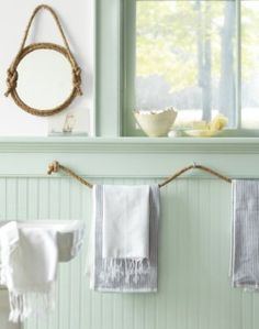 30 Brilliant Bathroom Organization and Storage DIY Solutions - Who would have thought that rope could be a beautiful bathroom decoration? You can make towel holders and many other things out interior bathroom design decorating before and after design Nautical Bathrooms, Beach Bathrooms, Green Bathrooms, Modern Bathroom, Funky Bathroom, Seaside Bathroom, Rental Bathroom, Bathroom Small, Budget Bathroom