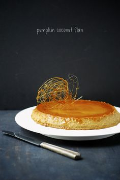 gorgeous, delicious, & dairy-free pumpkin coconut flan from the talented @kumquatblog