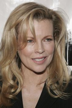 were are nude pics of kim basinger