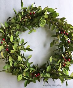 Tea Leaves and Berry Wreath – Monthly DIY Challenge ‹ Hatch & Haven Fall Wreaths, Christmas Wreaths, Christmas Crafts, Christmas Decorations, Holiday Decor, Holiday Style, Diy Arts And Crafts, Decor Crafts, All Things Christmas