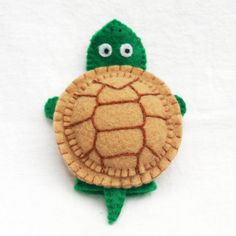 Turtle Felt finger puppet animal puppet by KRFingerPuppets on Etsy, $9.50