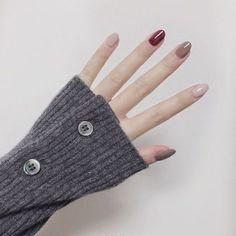 How to succeed in your manicure? - My Nails Love Nails, Red Nails, Pretty Nails, Hair And Nails, Matte Nails, Red Manicure, Korean Nail Art, Korean Nails, Gel Nagel Design