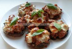 Töltött gomba Nagymama receptjeitől Bologna, Baked Potato, Pork, Potatoes, Baking, Ethnic Recipes, Kale Stir Fry, Potato, Bakken