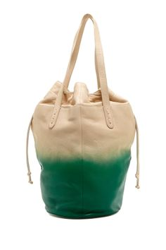 This ombre purse is so cute!!
