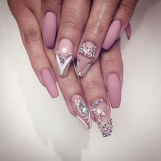 Gucci Fiina • Nails by MIKA #brian_champagne #vegas_nay...