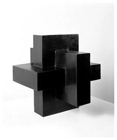 Tony Smith, Bronze - Matthew Marks Gallery - New York  (Source: http://contemporaryartlinks.blogspot.com)