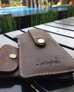 "Lataphat on Instagram: ""Lataphat Iphone 5 sleeve custome order made only for @ra_akbar Photo taken by @ra_akbar #lataphat #leather #leathergoods #iphone #iphone5 #iphonesleeve #iphonecase #iphonesia #indonesia #madeinindonesia #produklokal #custommadeorder"""