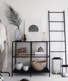 Living Room Table Sets, Simple Living Room Decor, Modern Bedroom Decor, Modern Decor, Modern Art, Dining Room, Home Decor Shops, Diy Home Decor, Studio Apartment Decorating