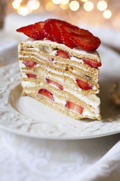 A sweet and fancy layer cake that is filled with whipped cream and fruit then topped with a vanilla glaze. Mile High Strawberry Cake Recipe from Grandmothers Kitchen. No Bake Desserts, Just Desserts, Dessert Recipes, Mexican Food Recipes, Sweet Recipes, Strawberry Cake Recipes, Sweet And Salty, Let Them Eat Cake, Yummy Cakes