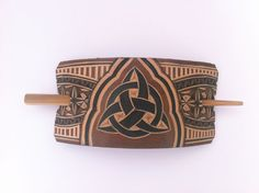 Triquetra hand carved leather hair barrette by DIONESAMBROZIUS