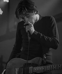 """The greatest. """"I got into music to make lads bounce, girls blush, and my dad proud. Catfish And The Bottlemen Lyrics, Van Mccann, Ryan Evans, Band Photos, Baby Daddy, Music Love, Im In Love, Music Stuff, Music Bands"""