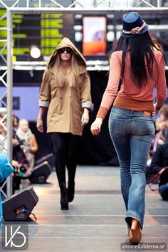 Modevisning på Grand Opening Catwalk på Malmö C - Bilder tagna av Vimmelbilderna.se