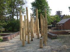 Mooie toepassing van kastanje houten palen in de tuin een kastanje houten paal kan als - Eigentijds pergola design ...