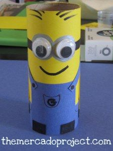 How to Make your Own Minion Arts and Crafts. Are you a Minions fan? If you can't get enough of those little yellow characters and feel like making all sorts of Minion objects, you've. Toilet Roll Craft, Toilet Paper Roll Crafts, Paper Crafts, Minion Art, My Minion, Minions Minions, Diy For Kids, Crafts For Kids, Arts And Crafts