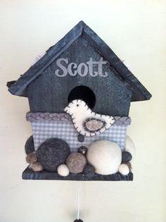 Stoer babykamer vogelhuisje met muziekdoosje