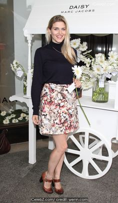 Ashley James The Daisy Marc Jacobs Tweet Shop pop-up store launch party in Covent Garden http://icelebz.com/events/the_daisy_marc_jacobs_tweet_shop_pop-up_store_launch_party_in_covent_garden/photo1.html