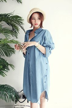 Today's Hot Pick :Button-Down Denim Shirt Dress http://fashionstylep.com/SFSELFAA0020727/insang1en/out Show off your fashion prowess by donning this denim shirt dress. This has pointed collar, button-down front, long-sleeves, relaxed fit, and side button plackets. Wear this shirt dress with white pumps. - Pointed collar - Button-down front - Long-sleeves with single barrel cuffs - Ribbon belt - Belt loops - Side button placket - Relaxed fit - Available color(s): Light Blue