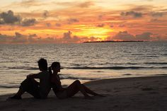 couple-on-the-beach---sunset