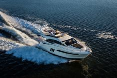 Sea Ray has brought to Europe its all-new 510 Fly, which debuted in USA more than a year ago at the Ft. Lauderdale International Boat Show, presenting it during Cannes Yachting Festival 2015 Sport Yacht, Yacht Boat, A Year Ago, Photo Look, Boats, Gallery, Model, Yachts, Cannes