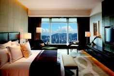 Guest Room at 5 star hotel: The Ritz-Carlton Hong Kong. This hotel's address is: 1 Austin Road West, International Commerce Centre, Tsim Sha Tsui Hong Kong and have 312 rooms