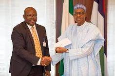 nodullnaija: Buhari Receives his National ID Card