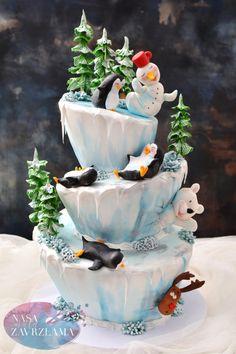 Funny Winter Cake by Nasa Mala Zavrzlama Holiday Pies, Christmas Desserts, Bird Cakes, Cupcake Cakes, Beautiful Cakes, Amazing Cakes, Extreme Cakes, Fondant Cake Designs, Christmas Cake Designs