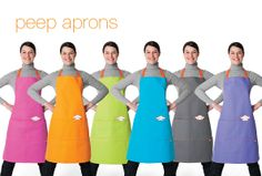 Herdy's peep apron has four large pockets and one pen pocket, making it great for baking, gardening or craft work. This generous sized apron features herdy's peeping face on the front and an adjustable strap for a perfect fit. Made in Europe from heavy duty 100% cotton canvas. Machine washable at 40°. Available in six colours.