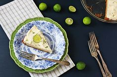 Delightfully sweet with the perfect amount of tartness, this creamy bright key lime pie recipe is indulgent comfort in every bite. Keylime Pie Recipe, Eggnog Recipe, Pie Recipes, Dessert Recipes, Cooking Recipes, Sweet Pie, Sweet Tarts, Best Key Lime Pie, Food Cakes